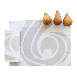 Huddleson Linens - Champagne Swirl Linen Placemat, Set of Four - Go casual, yet elegant with a set of luxurious linen placemats. Champagne and white swirls will make a festive base for your next dinner party. Layer your table with simple white plates and invite your friends over for an stylish meal.