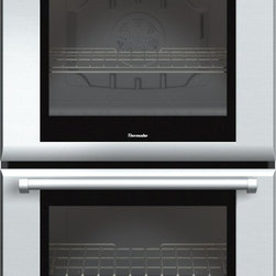 Thermador - 30 inch Masterpiece® Series Double Oven with professional handle MED302JP - With True Convection and 14 cooking modes, our 30-inch Masterpiece Double Oven gives you 4.7 cubic feet of oven capacity and the convenience of cooking several dishes at the same time without flavor transfer. And our this new model features multiple design upgrades including SoftClose® doors to ensure ultra smooth oven closing. Learn more about Thermador�s 75-year-long history with built-in wall ovens--from the world�s first wall oven to innovative steam and convection models today.