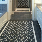 Chatham 1 Stone Mosaic - Chatham 1, a natural stone waterjet mosaic, is shown in Nero Marquina and Thassos.