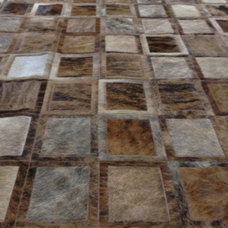 Contemporary Rugs by LIFESTYLE by Cara