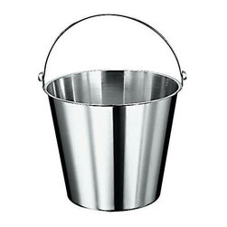 Paderno World Cuisine - stainless steel graduated bucket, 12 5/8 quarts - The Paderno World Cuisine graduated pail is made of the highest quality stainless steel. It has a seamless construction and is long lasting, corrosion-resistant, and non-tarnishing.