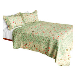 Blancho Bedding - Heavenly CreaturesCotton 3PC Vermicelli-Quilted Patchwork Quilt Set Full/Queen - Set includes a quilt and two quilted shams (one in twin set). Shell and fill are 100% cotton. For convenience, all bedding components are machine washable on cold in the gentle cycle and can be dried on low heat and will last you years. Intricate vermicelli quilting provides a rich surface texture. This vermicelli-quilted quilt set will refresh your bedroom decor instantly, create a cozy and inviting atmosphere and is sure to transform the look of your bedroom or guest room. Dimensions: Full/Queen quilt: 90 inches x 98 inches  Standard sham: 20 inches x 26 inches.