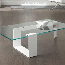 Modern Coffee Tables by Casa Spazio