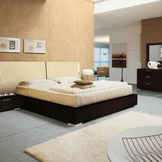 Modern Beds Enter Designer Bed By Doimo