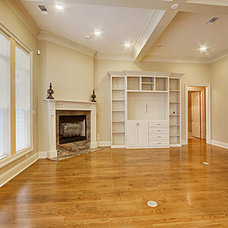 Traditional  by Nostalgia Builders, LLC