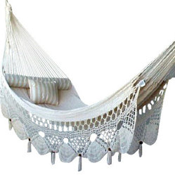Nicamaka - Nicamaka Couples - Ecru - The Nicamaka ECRU Sprang-Weave Couples Hammock is made with a mixture of high garment-grade natural polycotton yarns in ECRU that give a classic, soft, restful appearance.