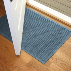 Bungalow Flooring - 24 in. L x 36 in. W Bluestone Waterguard Squares Mat - Made to order. Crisp squares design traps dirt, resists fading, rot and mildew. Indoor and outdoor use. 24 in. L x 36 in. W x 0.5 in. H