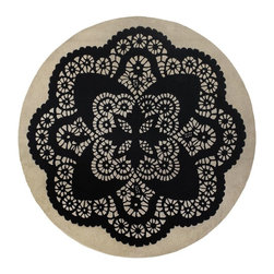 """Chandra - Contemporary Thomaspaul Round 7'9"""" Round Black-White Area Rug - The Thomaspaul area rug Collection offers an affordable assortment of Contemporary stylings. Thomaspaul features a blend of natural Black-White color. Hand Tufted of New Zealand Wool the Thomaspaul Collection is an intriguing compliment to any decor."""