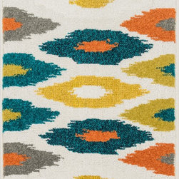 "Loloi Rugs - Loloi Rugs Terrace Collection - Ivory / Multi, 1'-8"" x 5' - Bold design and bright colors come together beautifully in the outdoor-friendly Terrace Collection. Each Terrace rug is power loomed in Egypt of 100% polypropylene that's specially treated to withstand rain and UV damage without staining or fading color.�"