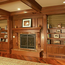 Traditional Living Room by WL INTERIORS