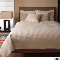 Contemporary Quilts And Quilt Sets by Overstock.com