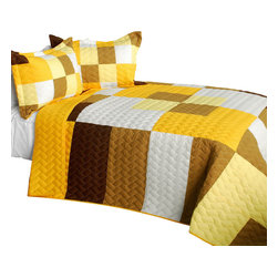 Blancho Bedding - Invincible Youth 3PC Vermicelli-Quilted Patchwork Quilt Set-Queen - The [Invincible Youth] 3PC Vermicelli-Quilted Patchwork Quilt Set (Full/Queen Size) includes a quilt and two quilted shams. This pretty quilt set is handmade and some quilting may be slightly curved. The pretty handmade quilt set make a stunning and warm gift for you and a loved one! For convenience, all bedding components are machine washable on cold in the gentle cycle and can be dried on low heat and will last for years. Intricate vermicelli quilting provides a rich surface texture. This vermicelli-quilted quilt set will refresh your bedroom decor instantly, create a cozy and inviting atmosphere and is sure to transform the look of your bedroom or guest room. (Dimensions: Full/Queen quilt: 90.5 inches x 90.5 inches; Standard sham: 24 inches x 33.8 inches)