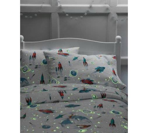 Glow-in-the-Dark White Rockets Flannel Bedding - Glow in the dark rocket flannel sheets? Yes, please! It doesn't get any better than this. I'd want these and I'm a girl — and a grownup.