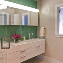 modern bathroom by Polhemus Savery DaSilva