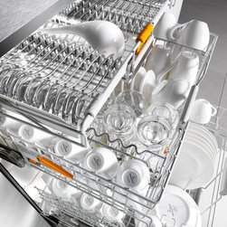 Miele G5975SCSF  Futura Diamond Dishwasher - Stainless Steel - The Futura Diamond Series is precision German technology at its finest, crafted from durable materials and rigorously tested to maintain its stellar performance for at least 20 years.