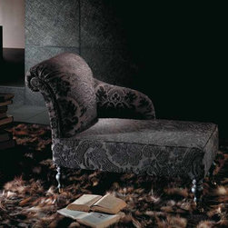 MINI DIVAN CHAISE LONGUE - MINI DIVAN CHAISE LONGUE Fabric upholstered. Very confortable.