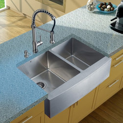 Vigo Industries - Platinum Farmhouse Stainless Steel Kitchen Sink Set with Dispenser - Includes stainless steel kitchen sink, stainless steel kitchen faucet, two strainers and stainless steel soap dispenser and all mounting hardware