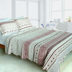 Blancho Bedding - [Spring Creek]Velvet 3PC Vermicelli-Quilted Patchwork Quilt Set(Full/Queen Size) - Features intricate machine/hand-stitching patterns and beautiful prints with timeless appeal. Creates a cozy and inviting atmosphere and is sure to transform the look of your bedroom. Gives the finishing touch to your room decor; Enjoy a good night's sleep in a luxurious quilt set. Pre-washed, pre-shrunk, reversible and vermicelli-quilted for elegance and durability. Soft materials and high tenacity; Fine and concentrated stitches; Machine washable and dryable.