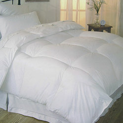 Oversized 230 Thread Count All-Season Down Alternative Comforter
