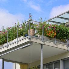 Eclectic Exterior Small Gardens