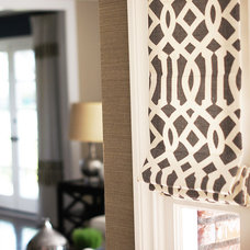 Transitional Roman Shades by DrapeStyle