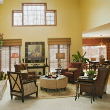 Traditional Living Room by Suzan J Designs - Decorating Den Interiors
