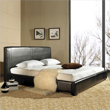 Traditional Beds by Vista Stores