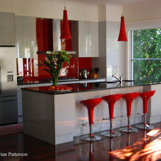 Modern Kitchen by The Kitchen Broker