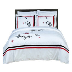 Bed Linens - Florence Embroidered Multi-Piece Duvet Set King-California King - You are invited to experience the comfort, luxury and softness of our luxurious Embroidered duvet covers. Silky Soft made from 100% Egyptian cotton with 300 Thread count woven with superior single ply yarn. Quality linens like this one are available only at selected Five Stars Hotels.