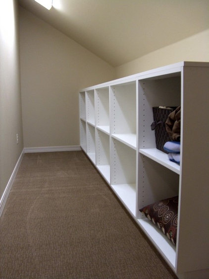Traditional Closet by Chuck Miller Construction Inc.