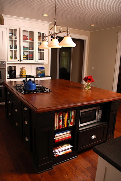 Traditional  by JOHN DANCEY Custom Designing/Remodeling/Building