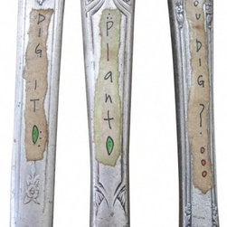 Knives Plant Marker - Three silverplate 8.5-in and 9-in knives embellished with the following words/phrases: Plant, You Dig? Dig It. Stick them in a windowbox, house or office plant for a fun touch.
