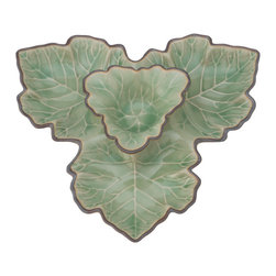 Kouboo - Serving Dish and Dip Bowl Maple Leaf, Green - Maple Leaf Dip Bowl  Call this the fusion dip plate as this delicately crafted dish combines the maple leaf, prevalent in northern part of America, with the ancient Asian technique of a crackled glaze called Celadon. Surprise your guests by serving your vegetable dip in this unusual piece.