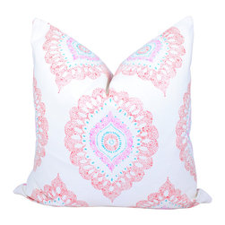 PillowFever - Moroccan Print Cotton Pillow Cover,White Pillow Cover, Cotton, Pillow Cover. - This beautiful pillow cover has moroccan print on white background. Main colors are: white, red, blue,pink.