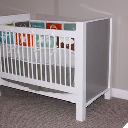 Willow Glen - cambas design & co's Willow Glen Crib can be paired with any of our other collections. The greenguard certified high gloss finish on the crib is accented by the inset grey ashwood panels.