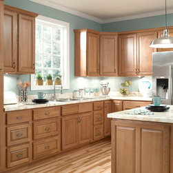 Ziemlich Honey Oak Kitchen Cabinets - Brawny and beautiful! Don't let this low price fool you! These stylish Honey Oak cabinets feature traditional raised panel doors of solid oak, solid oak frames and drawer fronts. These cabinets will be a great investment for years to come.