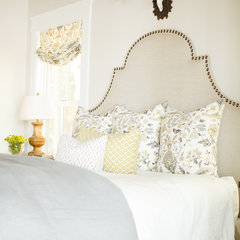 traditional bedroom by Caitlin Wilson