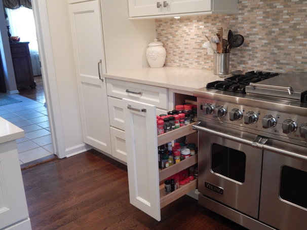Transitional  by Top Drawer Custom Cabinetry