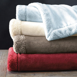 Madison Park - Madison Park Luxtouch Throw - We've used premium luxtouch fabric and combined 2 layers for superior warmth and softness in the Luxtouch Throw. The berber trim creates a textured border around the throw. Face & Reverse: solid luxtouch, brushed both sides, 100% polyester, 300gsm Binding: solid micro berber, 100% polyester, 220gsm