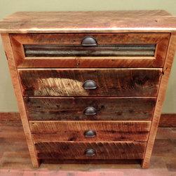 Barnwood Bedroom Furniture - Arizona Style 5 Drawer Barnwood Chest :: Lonepine Lodgepole