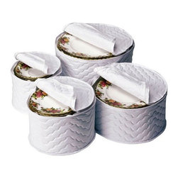 Richards Homewares - Vinyl China Plate Storage - Set of 4 - Quilted china storage cases protects your fine china from dirt and chipping. Comes with thick felt plate separators.