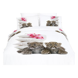 Dolce Mela - Baby Leopards, Cotton Animal Print Bedding Duvet Cover Sheets Set by Dolce Mela, - Adorable fun and sweet is the setting you will create in your bedroom with this vibrant print of baby leopards and flowers.