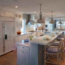 Traditional Kitchen by Rutt Regency Cabinetry