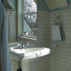 Modern Bathroom by Schrader & Companies