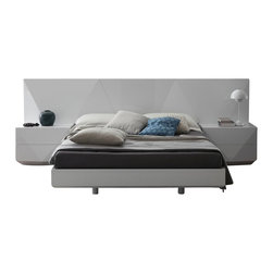 Rossetto - Rossetto Sapphire Platform Bed 3 Piece Bedroom in White Finish - Rossetto - Bedroom Sets - SAPPHIREWhiteBED3PcPKG - Rossetto Sapphire Platform Bed in White Finish (included quantity: 1) Without exaggeration Sapphire looks fully ahead to the future for innovations in the bedroom area.