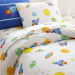 Olive Kids - Out of this World Duvet - Featuring a darling design in soft cotton, this cozy duvet lets a little one snuggle in for afternoon naps and bedtime stories in their first ''big kid'' bed.   Cotton Machine wash; tumble dry Imported