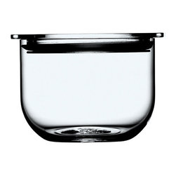 Holmegaard - Holmegaard Minima Bowl Clear - Small - The Minima range was created for modern people who seek well-executed design with attention to detail. This no-nonsense design is an uncompromising nod to timelessness and quality. Use these airtight bowls to store candy, nuts or leftovers.