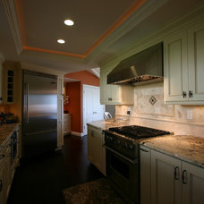Traditional  by South Bay Design Center