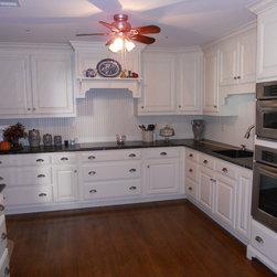 white kitchen cabinets -
