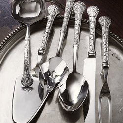"Wallace - Wallace Six-Piece ""Turkey"" Serving Set - Turkey-motif servers are made of 18/10 stainless steel. Set includes gravy ladle, pie server, scalloped pierced spoon, serving spoon, carving knife, and serving fork. Dishwasher safe."